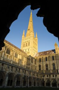 norwich cathedral1